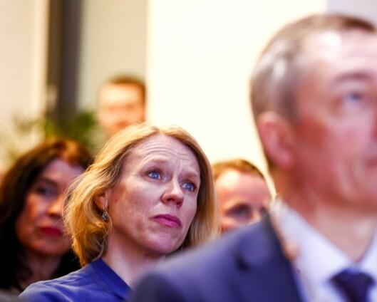 Forsvarskomitéleder reagerer på at milliardsatsing på IKT skal settes bort