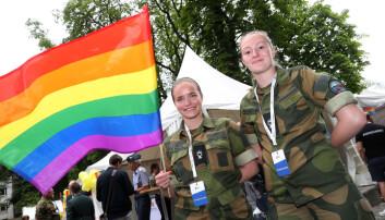 Tillitsvalgte etterlyser forsvarssjefen i Pride-paraden