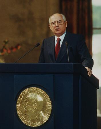 Her taler Gorbatsjov under et besøk til Norge i 1991 (Foto: Morten Hvaal/NTB Scanpix).