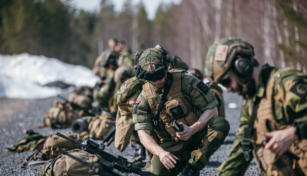 UNDERSØKES: Feriepengeutbetalingen skal trolig undersøkes av Forsvarets internrevisjon, melder Forsvaret. Her ser vi soldater i innsatsstyrke Grebe.