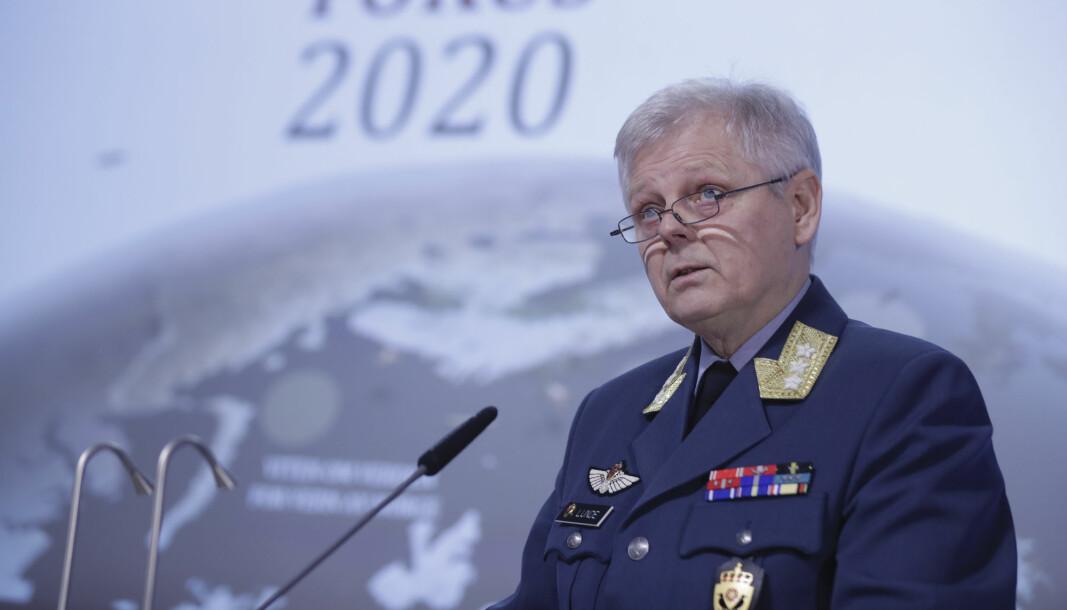 NY JOBB: Generalløytnant Morten Haga Lunde, under fremleggelsen av Etteretningstjenestens åpne vurdering av aktuelle sikkerhetsutfordringer, Fokus 2020. Nå blir han spesialrådgiver i Norges Rederiforbund.