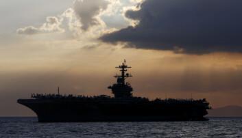 Koronautbrudd på amerikansk hangarskip