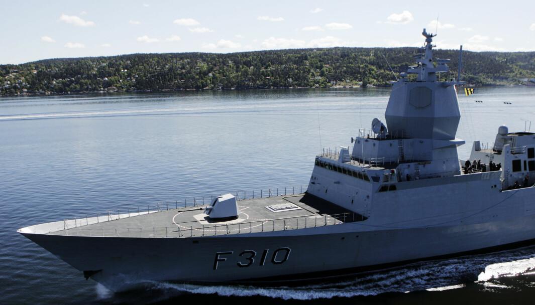 Fregatten KNM Fridtjof Nansen vaskes nå ned etter omfattende soppangrep.