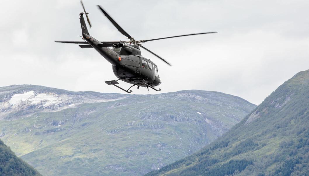 Illustrasjonsfoto av et av Forsvarets Bell 412-helikoptre.
