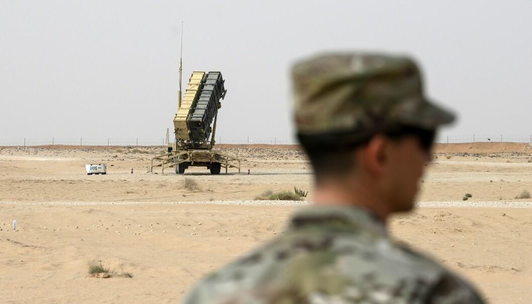 Patriot missilforsvarssystemer utplasseres for å beskytte baser i Irak, som ble rammet av iranske missiler i januar.