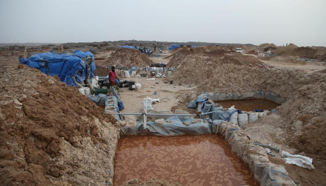 Bildet frå 22. januar 2020 viser gullgruver i Kidal i Mali. Nyheitsbyrået AP skriver at det går føre seg eit gullrush nord i Mali, der militsgrupper med tilknytning til al-Qaida opererer.