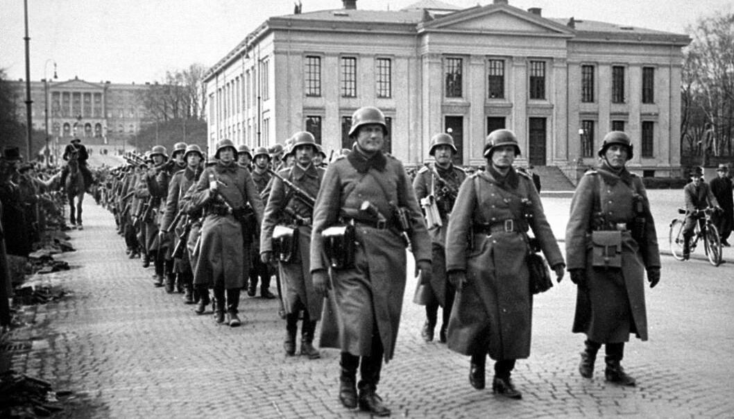 Tyske soldater marsjerer på Karl Johan 9. april 1940. Det markerte for mange starten på en fem år lang okkupasjon av Norge.