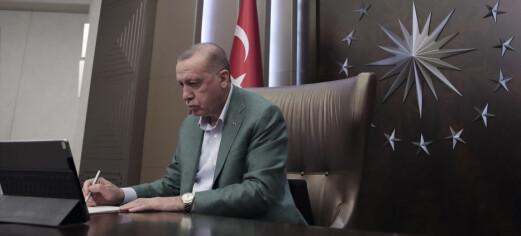 Erdogan griper muligheten: Viser seg fram som storgiver under koronakrisen