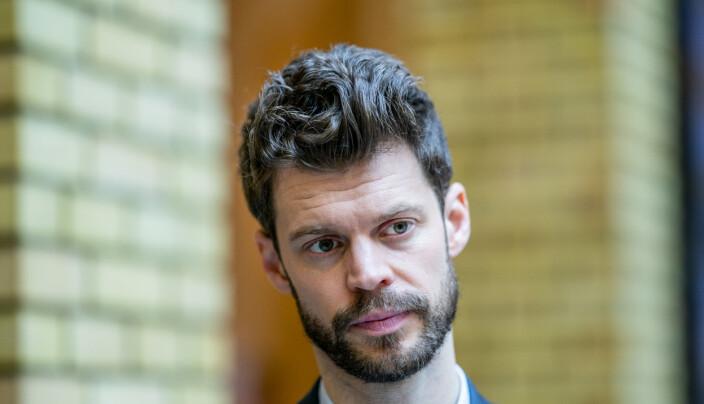 Partileder i Rødt, Bjørnar Moxnes, er kritisk til regjeringens veteranmelding.