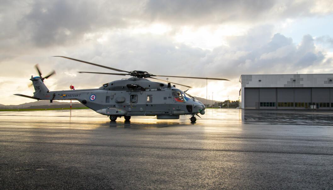 Et NH90-helikopter lander på Haakonsvern helikopterbase for første gang. Bildet er fra 2016.