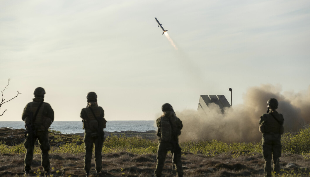 Flere land har kjøpt NASAM. Her ser vi Forsvaret og Kongsberg Gruppen testskyter NASAMS (Norwegian Advanced Surface-to-Air Missile System) på Andøya.