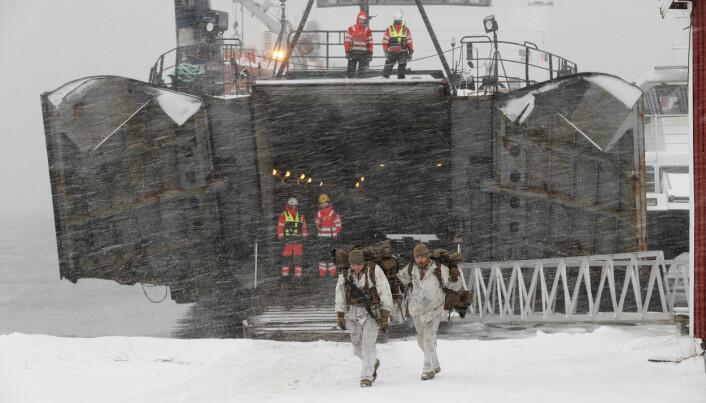 Marines fra US Marine Corps under en landsettingsoperasjon under vinterøvelsen Cold Response 2020.