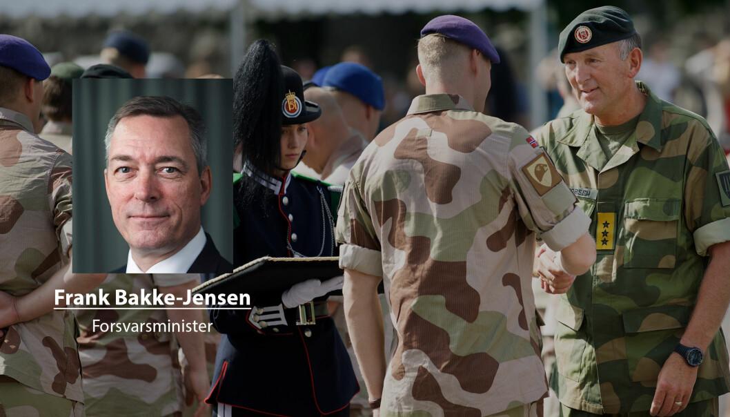 Med risiko for seg selv har veteraner bidratt til at Norge har kunnet oppfylle sitt internasjonale ansvar, skriver forsvarsminister Frank Bakke-Jensen. Her ser vi soldater fra et av styrkebidragene til Irak under en medaljeseremoni.
