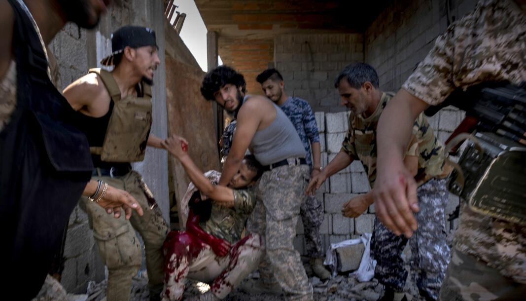LIbyas hovedstad Tripoli, der landets FN-støttede regjering sitter, har vært under angrep fra opprørsgeneralen Khalifa Haftar og hans LNA-milits siden april i fjor.