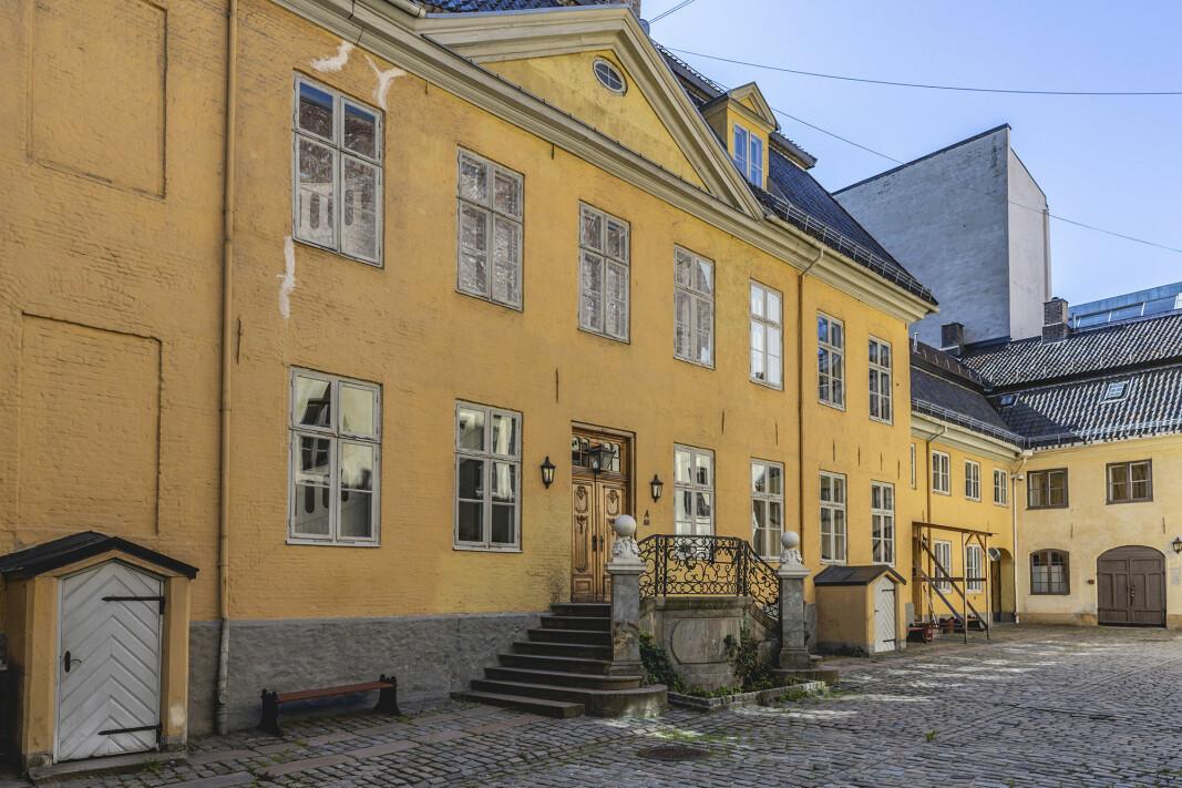 Tidligere statssekretær i Forsvarsdepartementet Oddmund Hammerstad mener Forsvaret ikke har tatt inn over seg betydningen av Gamle Krigsskolen.