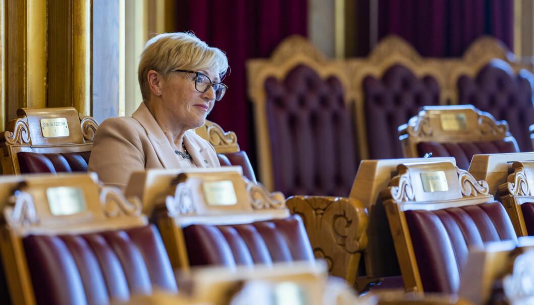 Liv Signe Navarsete (Sp) under Stortingets muntlige spørretime en onsdag.
