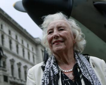 Sangerinnen Vera Lynn er død