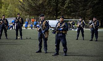 Soldater fikk ikke gå ut porten – måtte ta friuker i leir