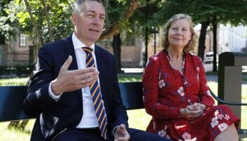 Forsvarsminister Frank Bakke-Jensen og utvalgsleder Berit Svendsen, leder for Svendsen-utvalget, under presentasjonen av Svendsen-utvalgets rapport i Oslo 24 juni 2020