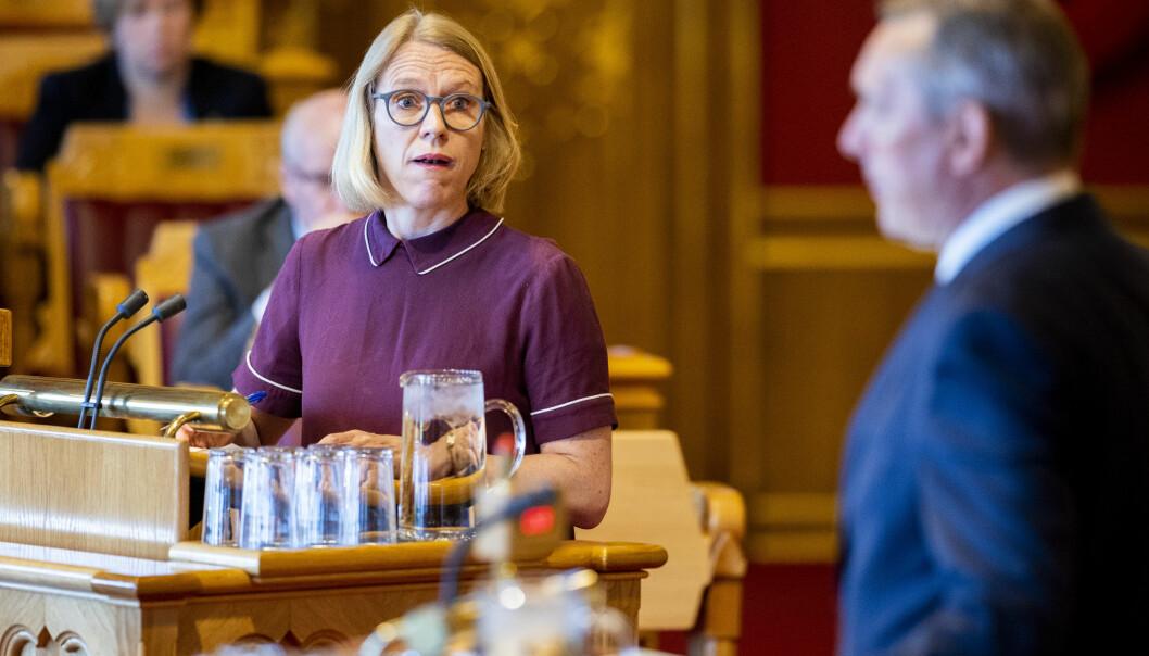 Anniken Huitfeldt (Ap) mener soldater i Heimevernets innsatsstyrker skal få utbetalt feriepenger for alle år i tjeneste.