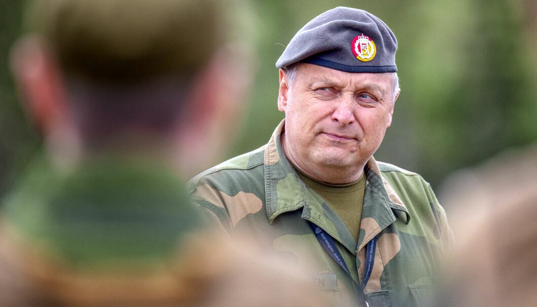 Oberstløytnant Bengt Henriksen, sjef for HV-14, er fornøyd med at Havarikommisjonen har undersøkt ulykken. Han sier at han tar rapporten på største alvor.