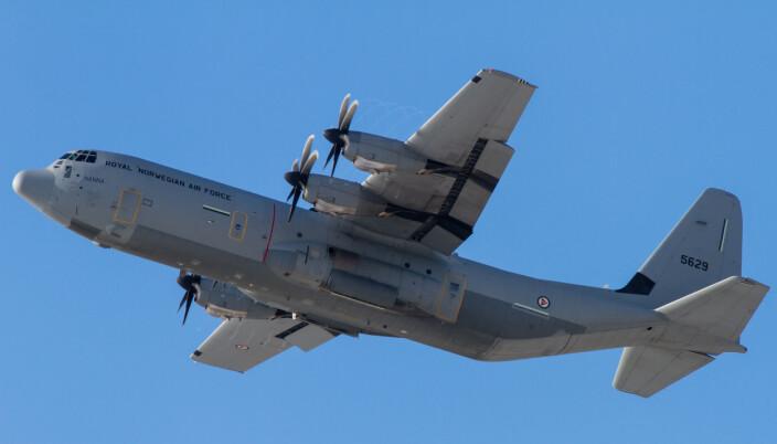 Et Hercules C130-fly tar av fra Ørland flystasjon i 2013.