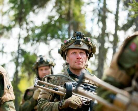 Spesialistordningen gav Stig Klovholt muligheten til å fortsette i Forsvaret