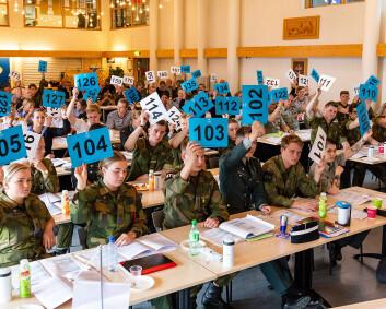 – Mange soldater jobber mer enn det som er fastsatt i bestemmelsene