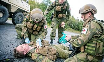 Slåsskamp, tåregass og overanstrengelser – dette er årsakene til skader i Forsvaret