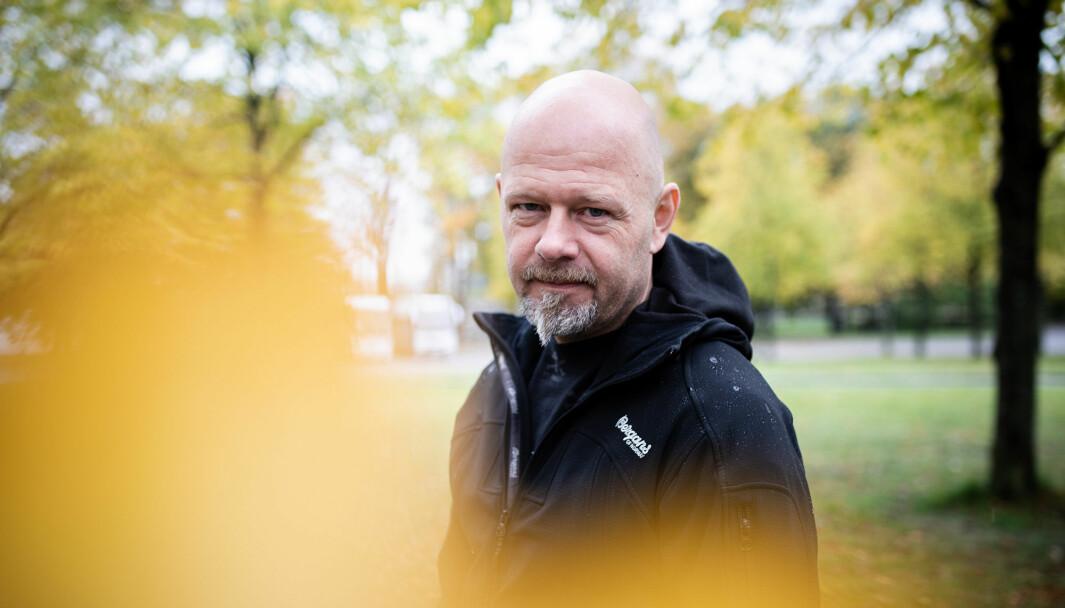 En tidsriktig thriller, skriver vår anmelder om den nyeste bokutgivelsen til Ørjan Karlsson.