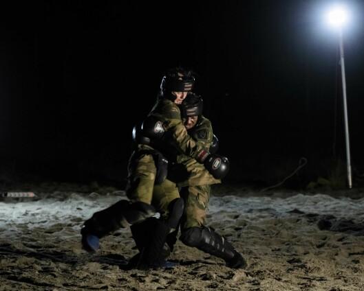 – Om den militære profesjonen ikke er død, er den i usedvanlig dårlig form