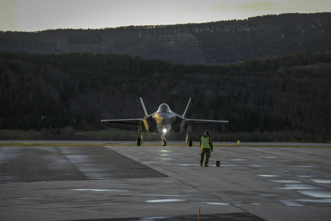 HISTORISK: Denne uken landet F-35 for første gang på Evenes. Snart blir 133 luftving Evenes etablert og da blir Andøya underlagt Evenes. Foto: Jonny Karlsen