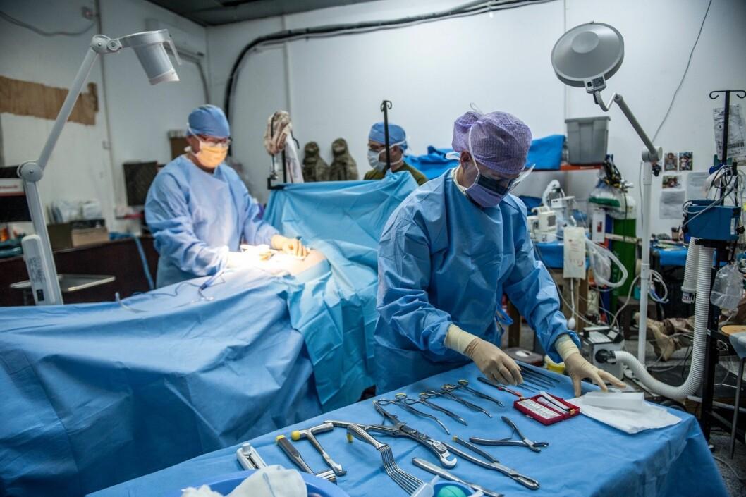 Norske militære kirurger har reddet liv siden Koreakrigen. Nå er de i Irak.