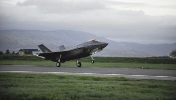 Kampflyutgiftene har økt med 16 milliarder