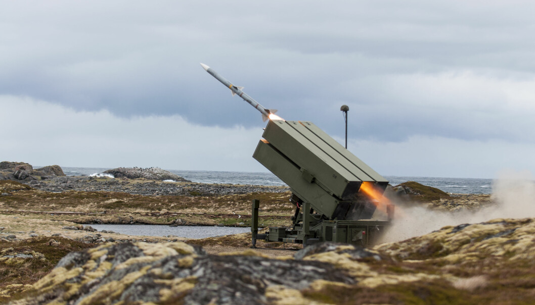 Her avfyres det fra en av de norske våpeneksportene – luftvernsystemet NASAMS II – under øvelse Sølvpil på Andøya.
