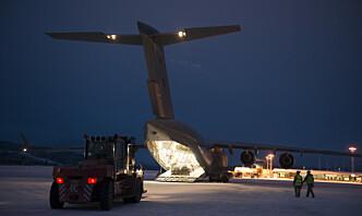 Norge og USA forhandler om å gjenopplive forsvarsavtale