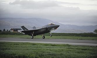 Kampflyprosjektet blir dyrere