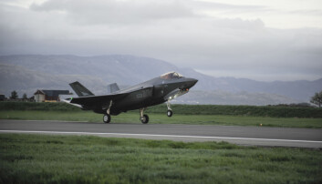 Budsjettet: Kampflyprosjektet blir dyrere