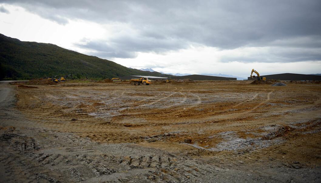 NY LEIR: Her på Elvegårdsmoen i Bjerkvik ryddes det nå plass for en teltleir med plass til 2000 soldater. Foto: Jonny Karlsen
