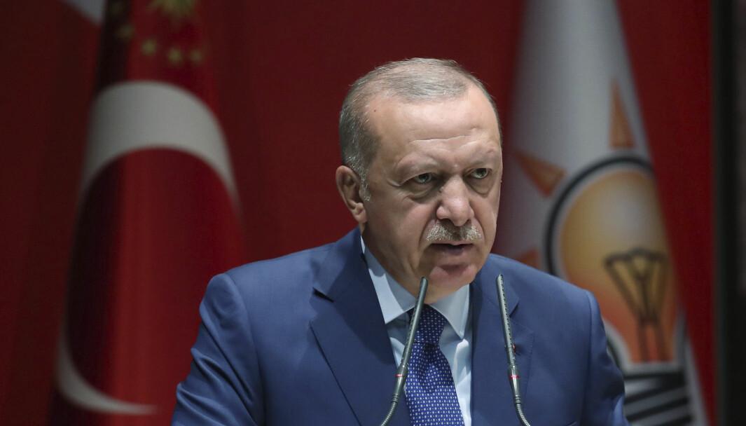 Recep Tayyip Erdogan vil sende soldater for å overvåke våpenhvilen i Nagorno-Karabakh.