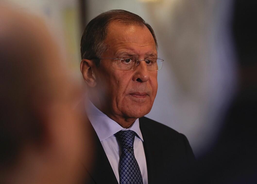 Russlands utenriksminister Sergej Lavrov landet i Kirkenes torsdag kveld.