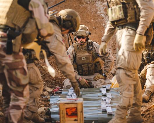 – Skal ikke soldatene få pappaperm?