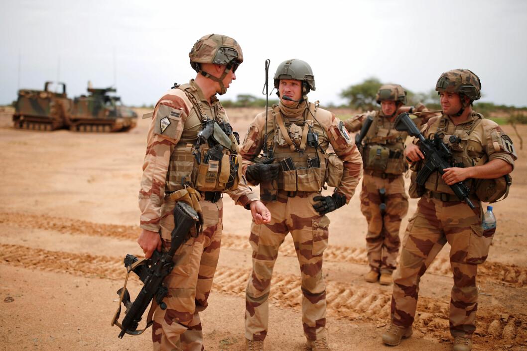 Franske soldater på patrulje i Ndaki, Mali. Frankrike har 4500 sendt 4500 soldater til operasjon Barkhane  som Takuba er en del av. (Foto: REUTERS/Benoit Tessier)