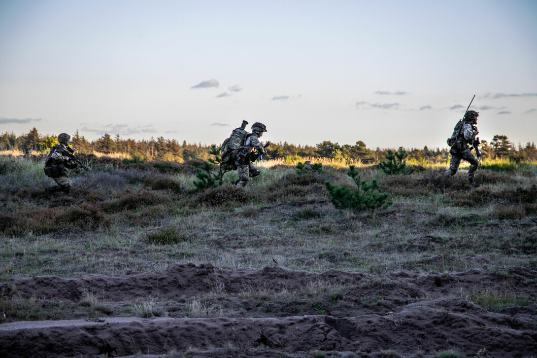 ILLUSTRASJONSFOTO: Soldater fra den danske Hæren på øvelse i oktober 2019. Foto: Iben Valery/ Forsvarsgalleriet