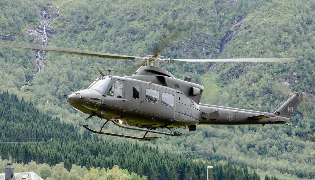 Helikopter av typen Bell 412 har hittil støttet Hæren i Bardufoss. Fremover skal det også være dedikert helikopterstøtte til Hæren.