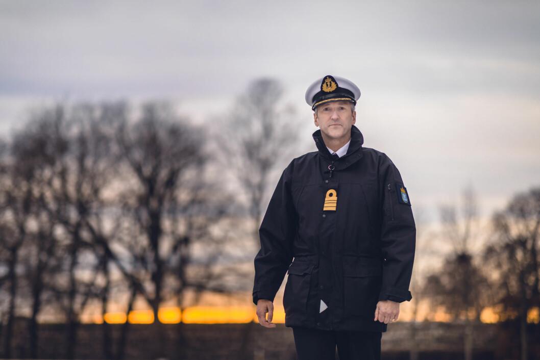 Kommandørkaptein Jarle Heggelund skal få bukt med mobbing og seksuell trakassering i Forsvaret.