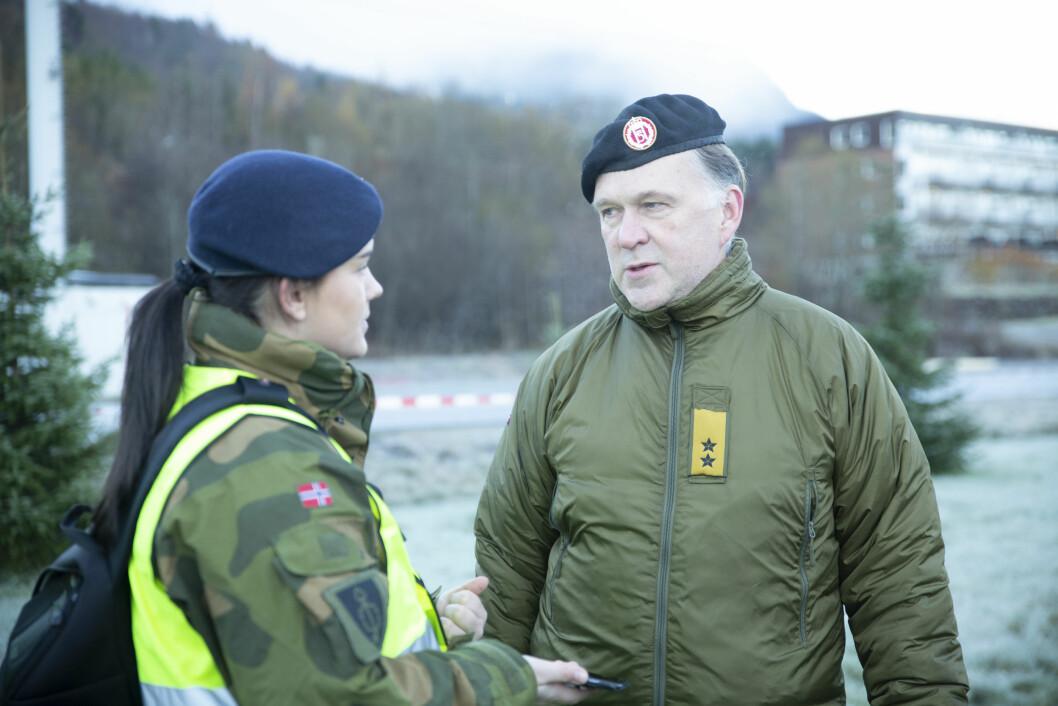 Jon Gerhard Reichelt, sjef FSAN, under en helseøvelse i Orkanger. Foto: Johanna Garli/ Forsvaret