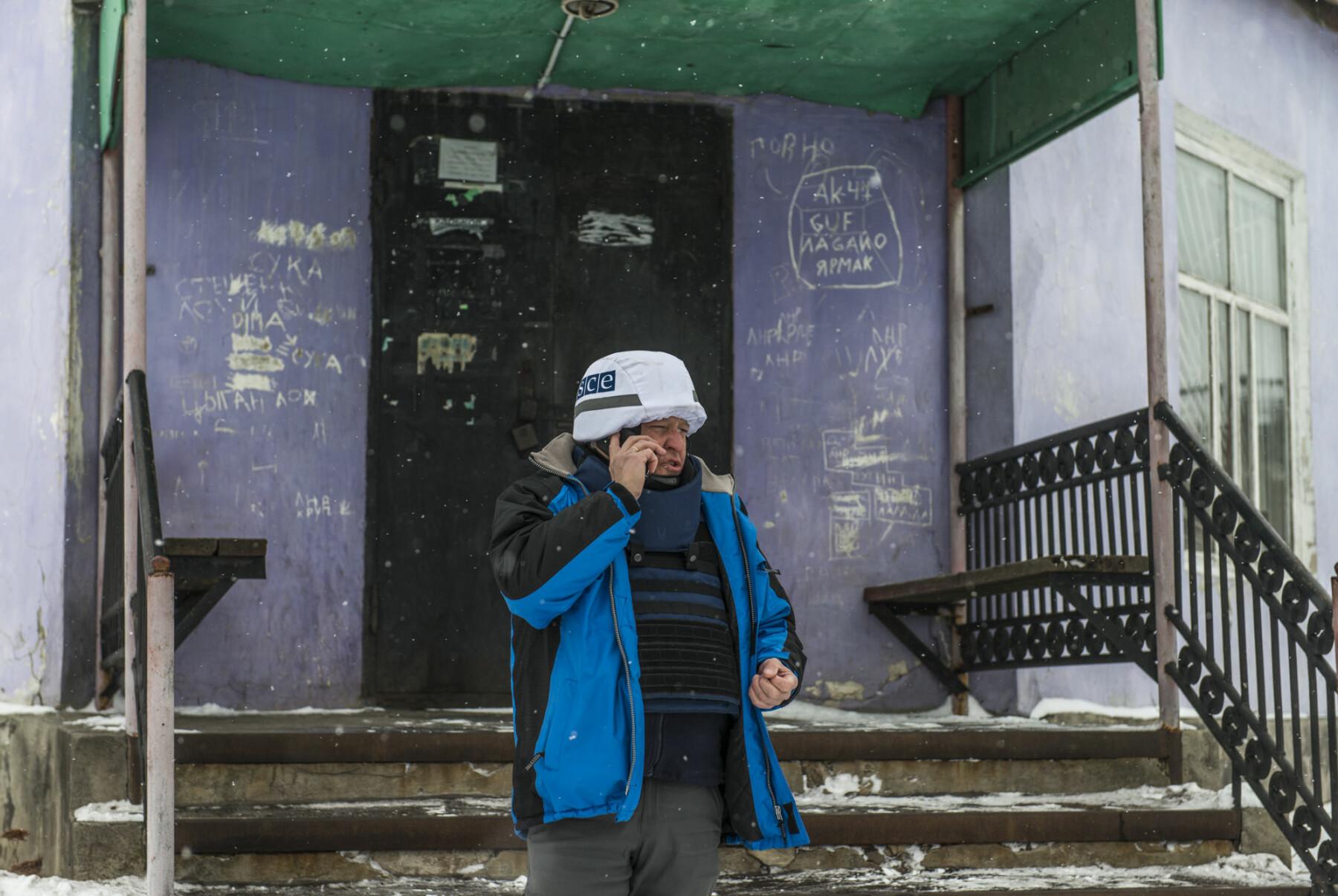 Arne Bård Dalhaug gikk fra toppjobber i Nato og Forsvaret til observatørjobb i Øst-Ukraina.