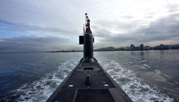 Gamle ubåter må seile lenger