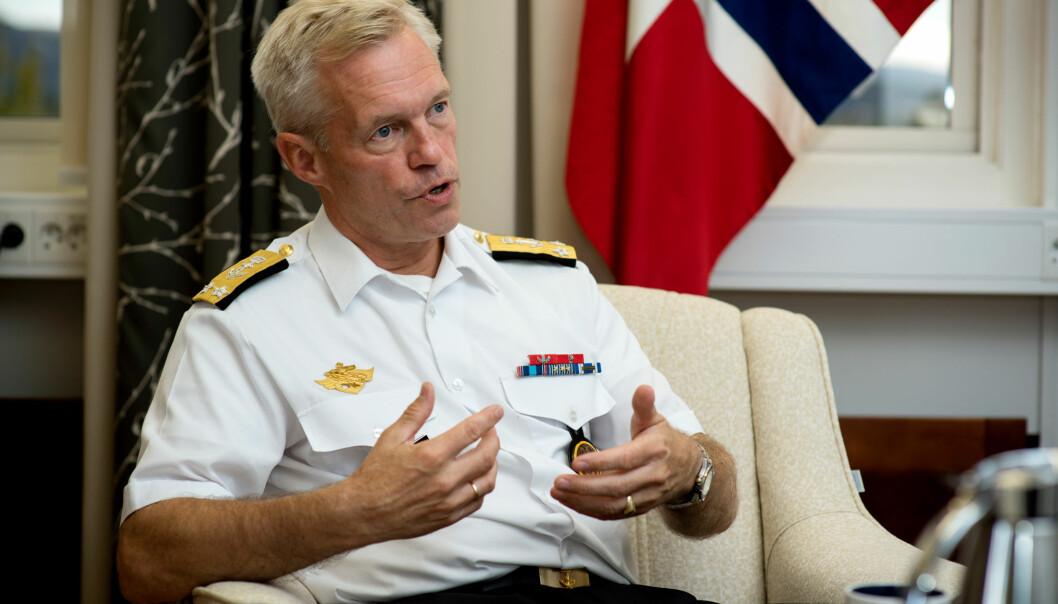 Nils Andreas Stensønes er ny sjef for Etterretningstjenesten.